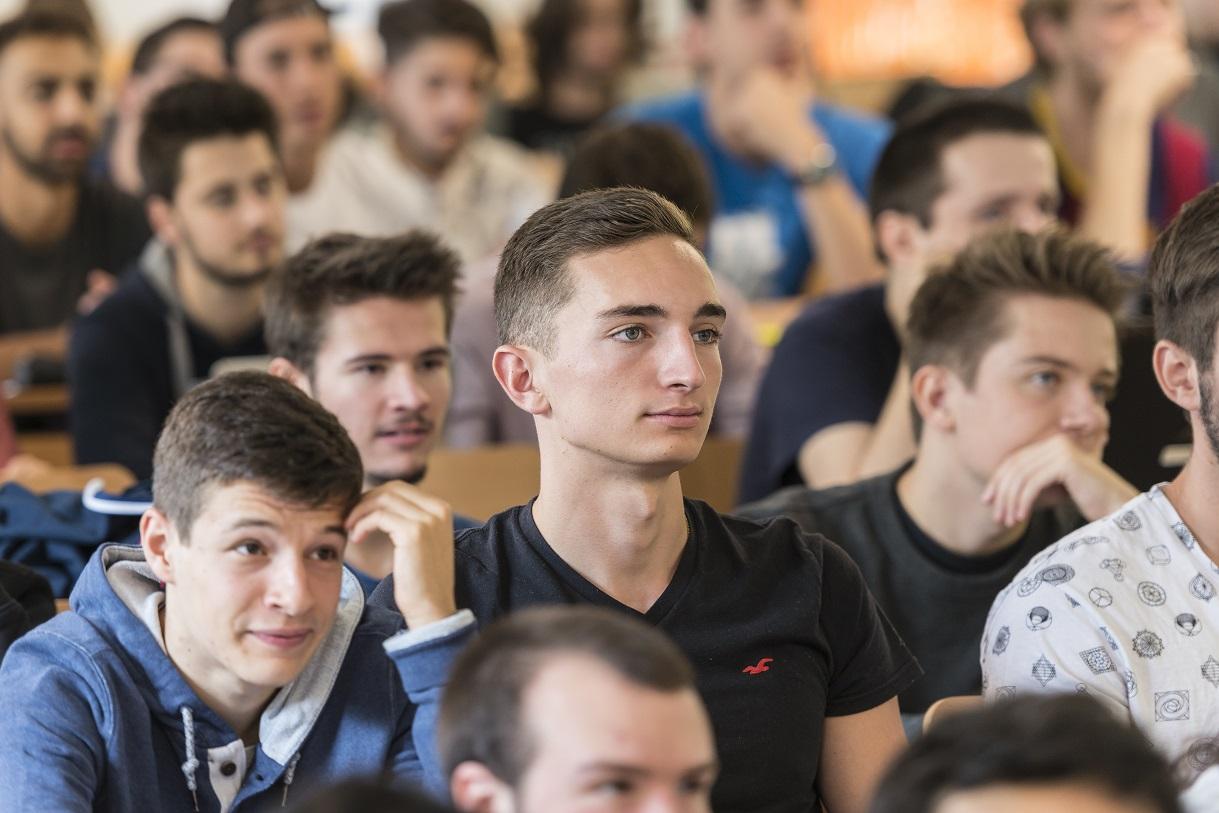 Etudiants - Efrei Paris - Ecole ingénieur informatique